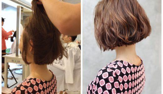 巻いた髪をよりこなれたオシャレな雰囲気にするワックスのつけ方